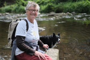 Meg and Pollaidh rest on the Water of Leith Walkway. Photograph by Roger Hyam