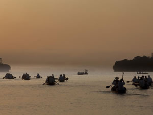 A Xingu Canoe Expedition, Image courtesy of www.aymix.org