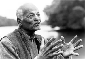 A short biography of Satish Kumar